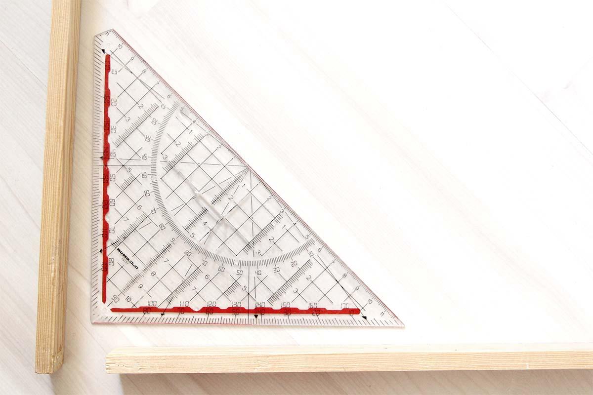 Winkellineal für den perfekten 90°-Winkel