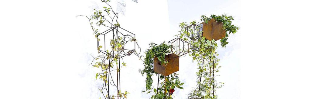 Beim den Pflanzenständern Gardeny hat Allessandra Meacci mit der Kombination von Design und Pflanzen gearbeitet